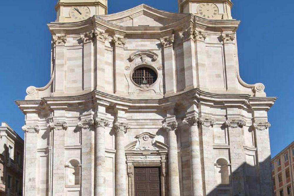 ichnusaorg_90cagliari-chiesasantanna.jpg