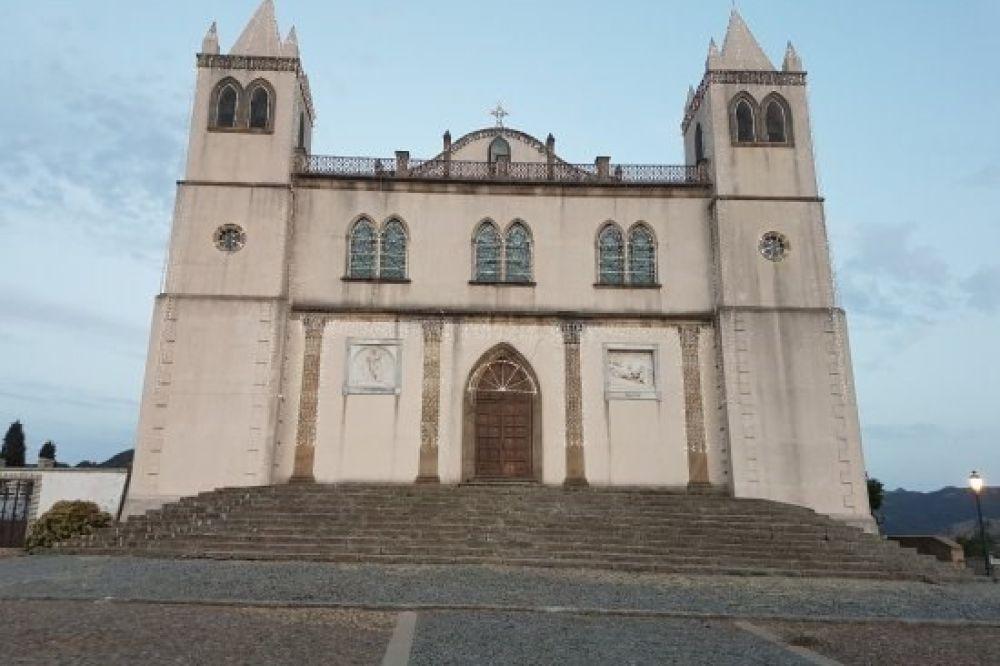 ichnusaorg_100santa-maria-della-neve---basilica.jpg