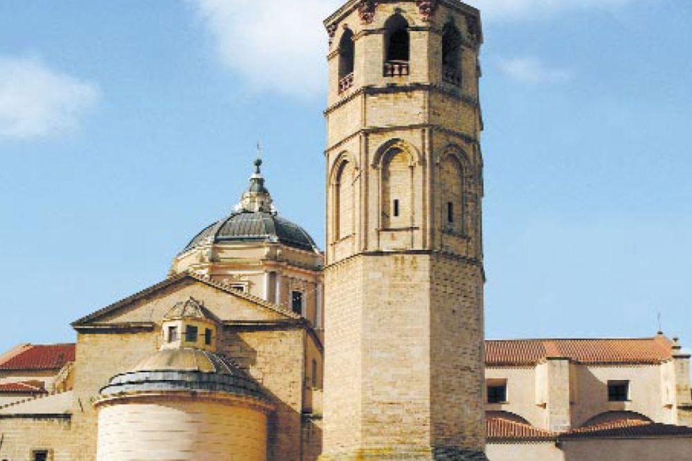 ichnusaorg_95cattedrale-santamaria-oristatno.jpg